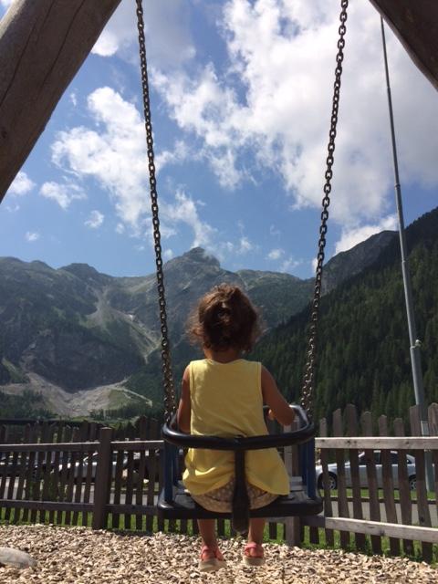 pequena na viagem Salzburg balanço