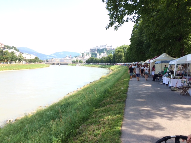 pequena na viagem Salzburg Rio