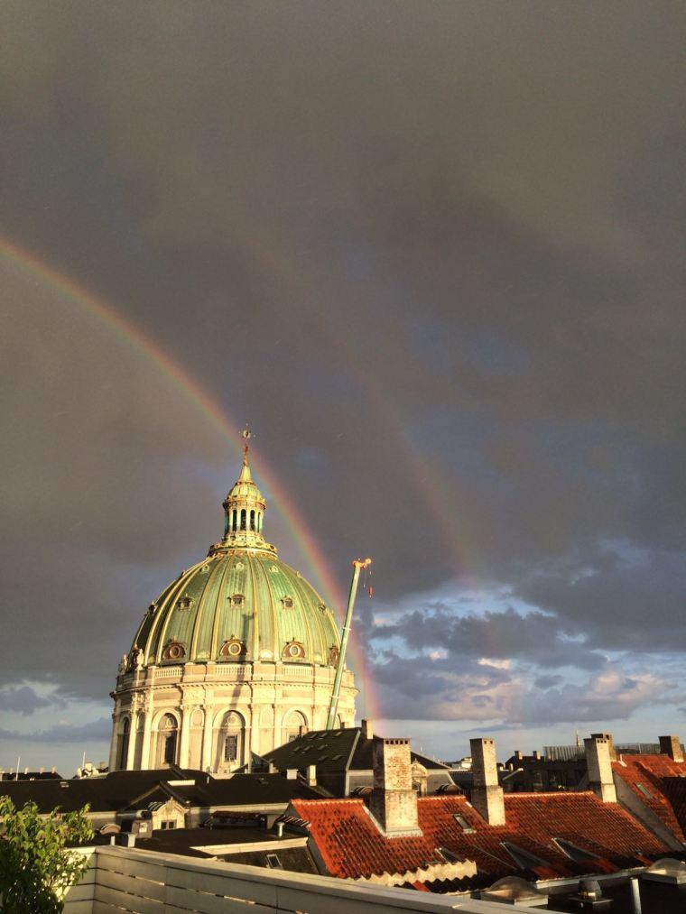 arco iris copenhagen.JPG