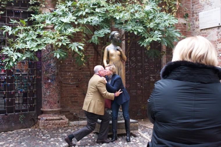 Romeu e Julieta casamento
